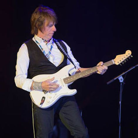 Live Review: Guitar maestro produces a sonic masterclass at the Royal Hospital