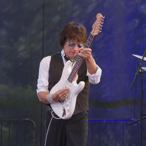 Review: Rock Giants Jeff Beck, Ann Wilson Dazzle Artpark Crowd