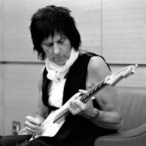 Review: Jeff Beck Is The Supreme Guitar God And The Last Of His Kind